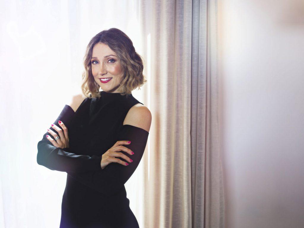 Sarah-Cohen-headshot-styling-advisory